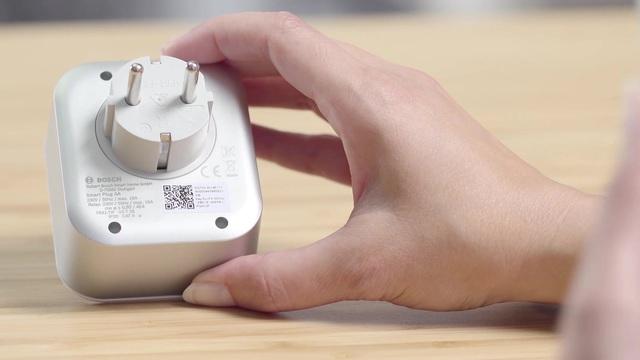 Bosch Smart Home - Zwischenstecker Montage Video 3