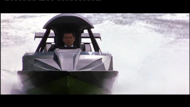 James Bond 007 - Die Welt ist nicht genug Video 13