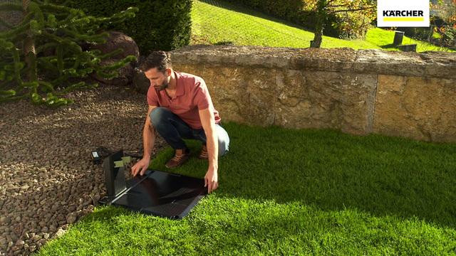 Robotic Lawn Mower RLM 4 - Charging station Video 35