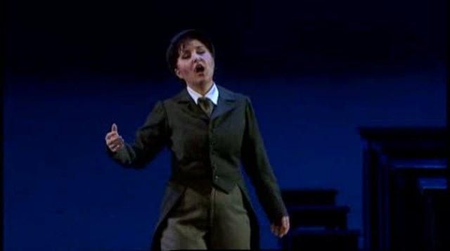 Verdi - Rigoletto Video 3